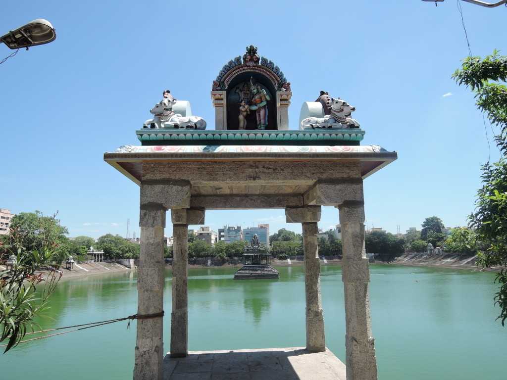 Kapaleeshwarar Temple, a different view across the water